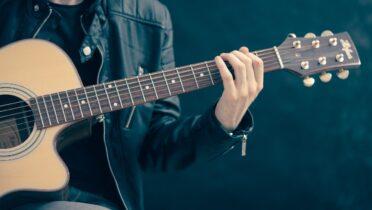 Comment accorder une guitare : Les meilleures applications IOS et Android