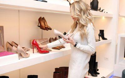 Le shopping en ligne contre le shopping en magasin